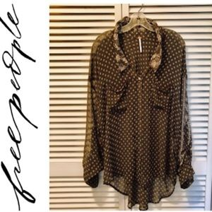FREE PEOPLE BUTTON UP BLOUSE ❤️